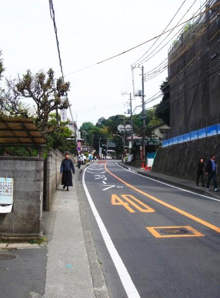 北鎌倉から鎌倉への坂